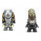 Titan Merchandise - AVP TITANS: Alien/Predator Blindbox (Case of 6) Vinyl Figures 8cm (Lootcrate Exclusive) AVP-LCBB-001