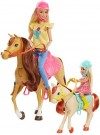 Barbie - Hugs & Horses /Toys